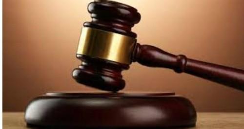 제자 5명 성폭행 징역 8년 시인 배용제, 제자들에게 '1억원 배상'명령받아