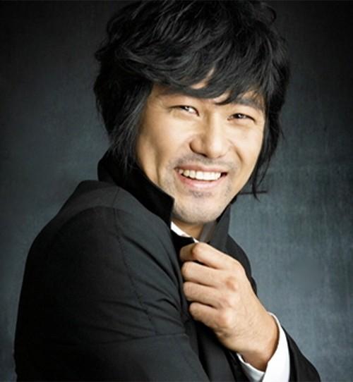 배우 김태환, 돋움엔터와 전속계약 체결
