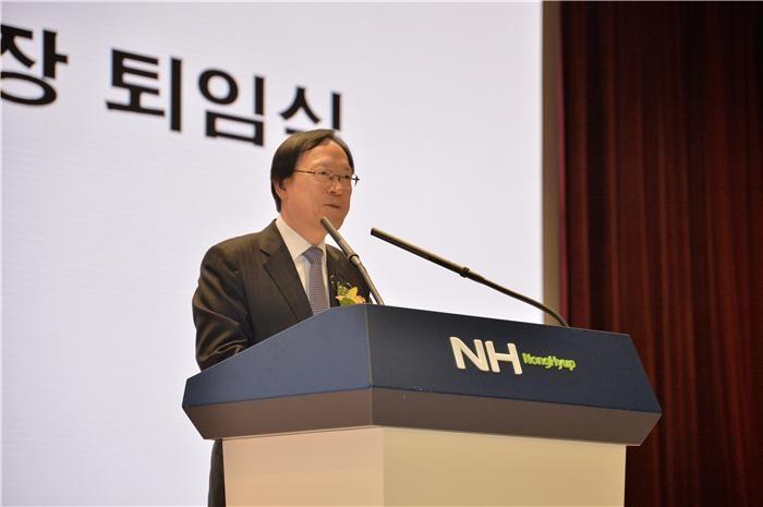 """김용환 농협금융 회장 """"빅배스 성공 가장 기뻐…홀가분하게 떠난다"""""""