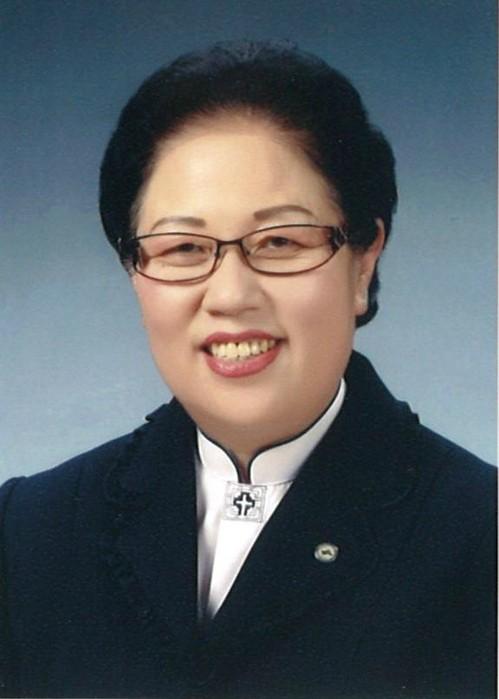 '도종환 장관 친동생' 도경자, 청주 시의원 출마…도 장관 측은 부인