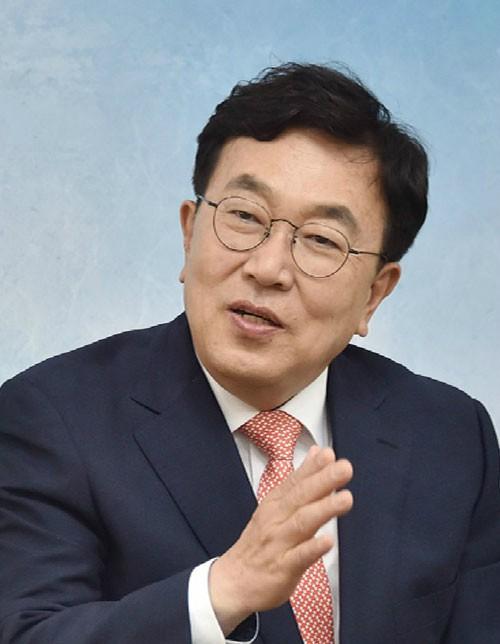 """한국당 서병수 """"부산 경제체질 바꿔 세계 3대 해양도시 이룰 것"""""""