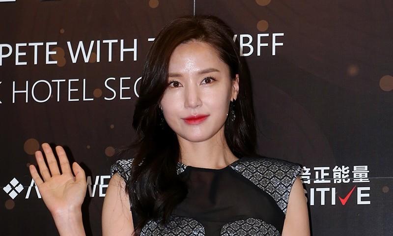 """배우 공현주, 21일 부친상…""""참담한 심정"""""""
