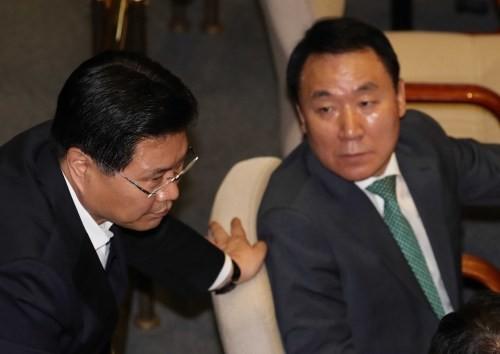 """민주, '방탄국회' 비판에 릴레이 반성문…""""오만해진 것 아닌지"""""""