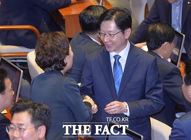 '드루킹 논란' 김경수, 재소환 가능성…지선 파장은?