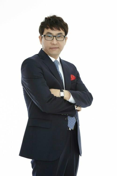 """'편파 해설 논란' 이용철 해설위원 """"최재훈은 내 애제자…오해 풀고 싶다"""""""