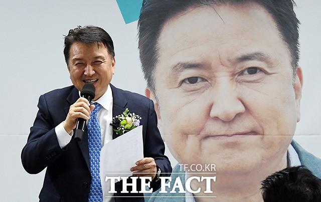 선전 다짐하는 김영환 바른미래당 경기도지사 후보