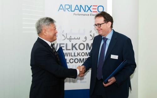 한국타이어, 세계 최대 합성고무 기업 '아란세오'와 공동연구개발