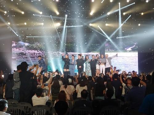 베트남 국가픽 받은 걸그룹 아이스… 인기 대단하네