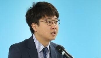 """이준석 """"안철수, 낙선 현수막에 당명도 없어"""""""