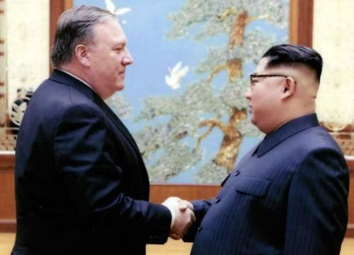 """폼페이오 """"북미합의 구체화 위해 너무 늦기전에 北으로"""" 재방북 시사"""