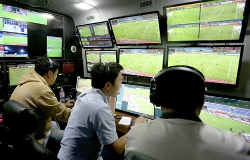 'K리그 VAR 경험' 믿고 방심한 신태용호…되레 발목 잡혔다
