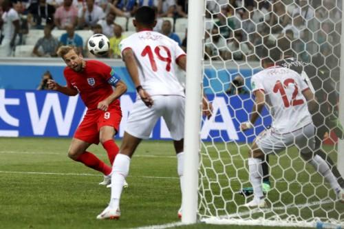 최연소 주장 케인 멀티골로 잉글랜드에 승리 안겨, 튀니지에 2-1승