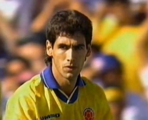 94년 미국 월드컵 자책골로 총격 받아 숨진 콜롬비아 에스코바르는 누구