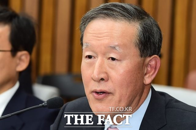 GS·전경련 회장 허창수, 정부 요구도 재계 대변도 '오리무중'