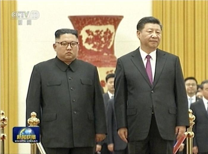 """시진핑, 김정은 만나 """"국제정세 변해도 북중관계 발전 변함없어"""""""