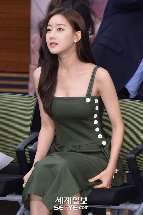 오승아 '글래머 몸매 뽐내'