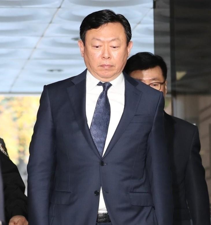 신동빈 회장, 롯데지주 유상증자 참여…1,445억원 규모