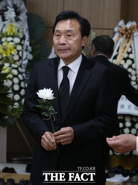 김종필 전 총리 조문 마친 손학규