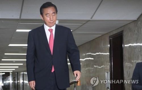 """한국당 김성태 권한대행, """"자택에서 뵈었던 게 엊그제 같은데…"""""""