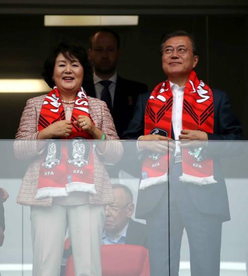 문 대통령, 로스토프나도누 도착…한국 대 멕시코전 관람