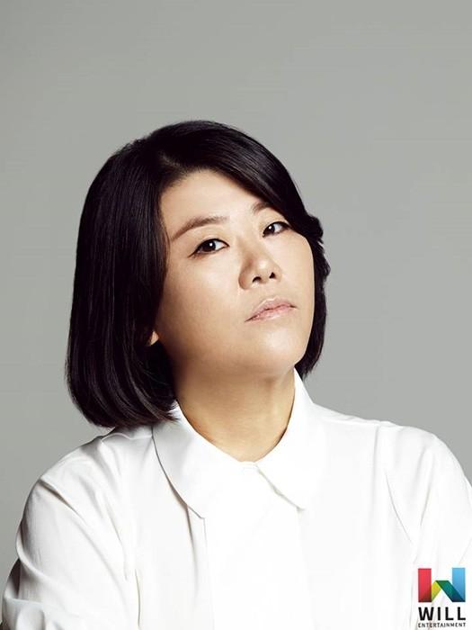이정은, tvN '아는 와이프' 출연…스크린-브라운관 종횡무진 활약