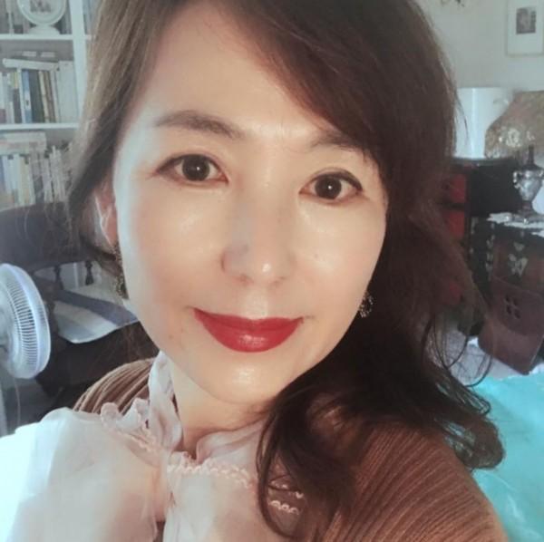 """공지영, 이재명·은수미 제명 요구+청원 독려 """"알바 갔다가 맞아 죽은 청년 영혼 달래 달라"""""""