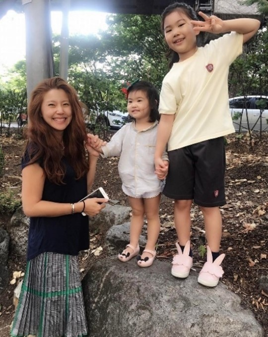 주영훈♥이윤미 셋째 임신, '귀여운 딸' 아라·라엘 동생 생겼다