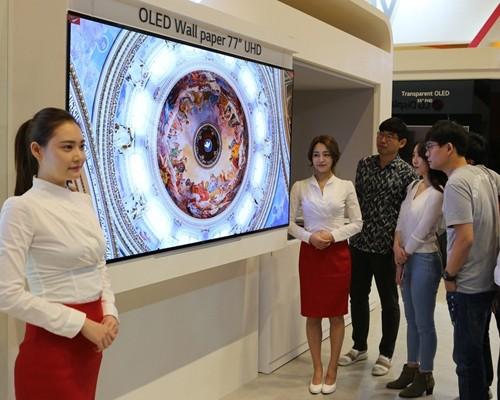 대형 OLED 판매 130만대 돌파