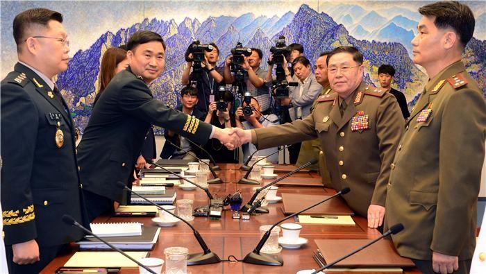 """국방부 """"동해지구 군 통신선 완전 복구·정상화"""""""