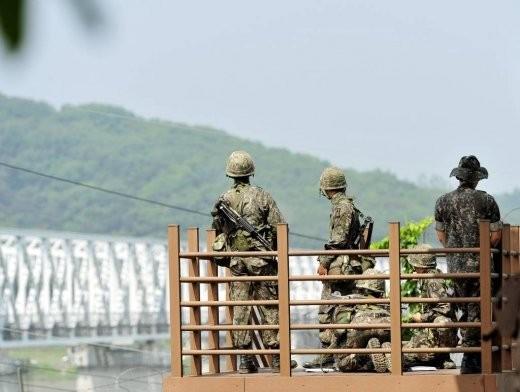양심적 병역거부자, 대체복무로 '지뢰제거'… 자유한국당 법안 발의