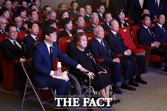 김대중 전 대통령 서거 9주기 추도식…여야 대표 총집결