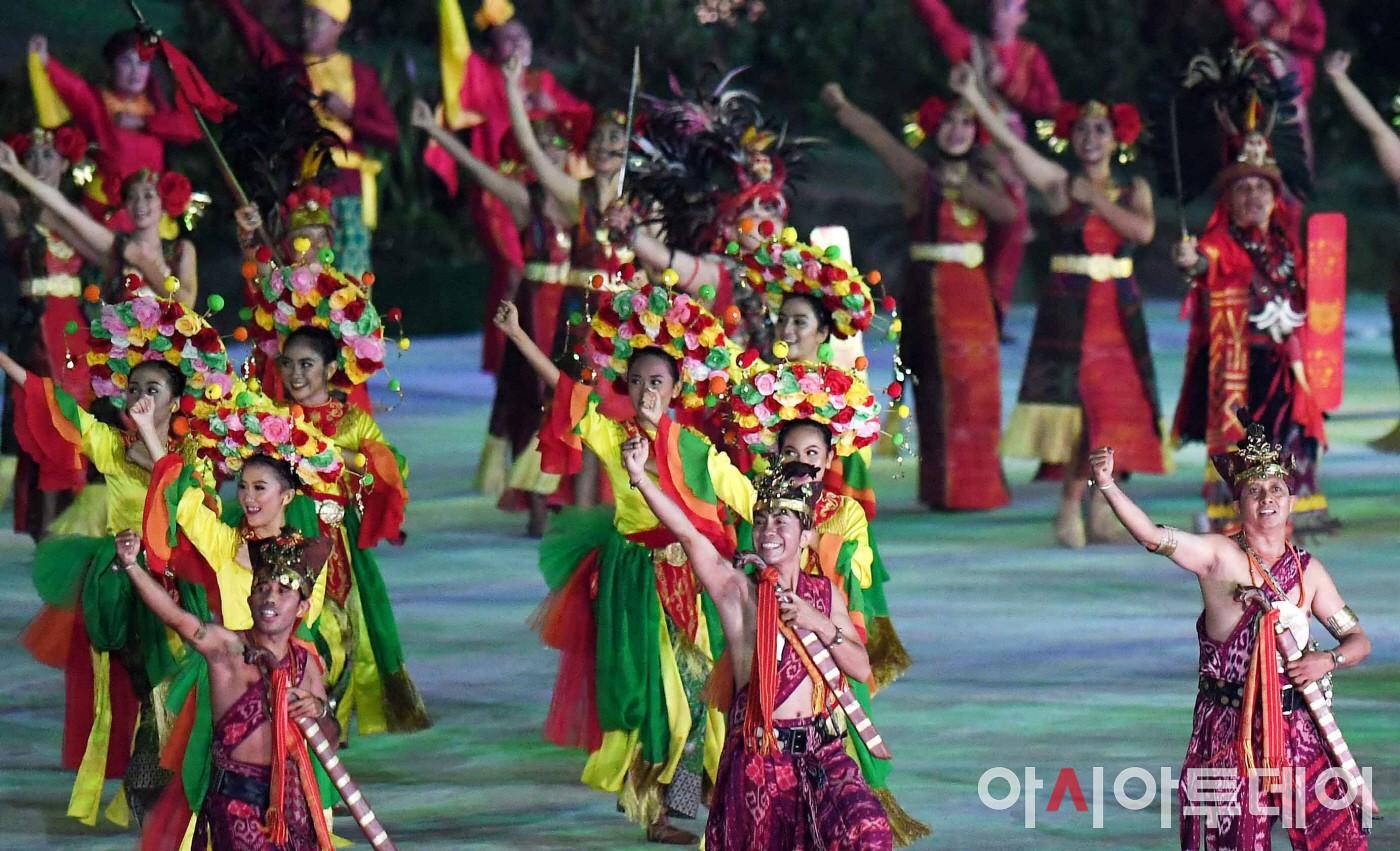 인도네시아 전통 개막식 공연