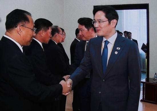 """이재용, 리용남 북한 내각 부총리 면담…""""한민족 느낌 받아"""""""
