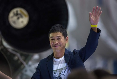 인류 첫 민간인 달 여행객은 日 억만장자