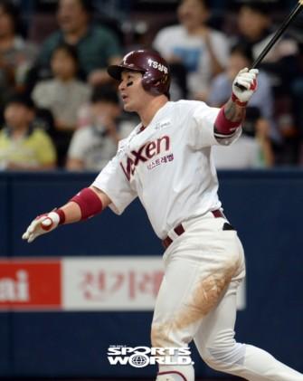 [SW포토] 넥센 박병호, 7회말 3점 홈런 7-7 동점