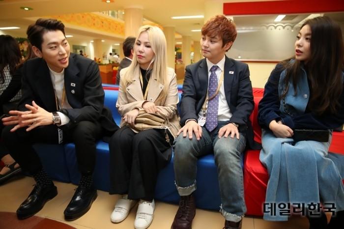 평양 옥류아동병원 방문한 지코·알리·최현우·에일리