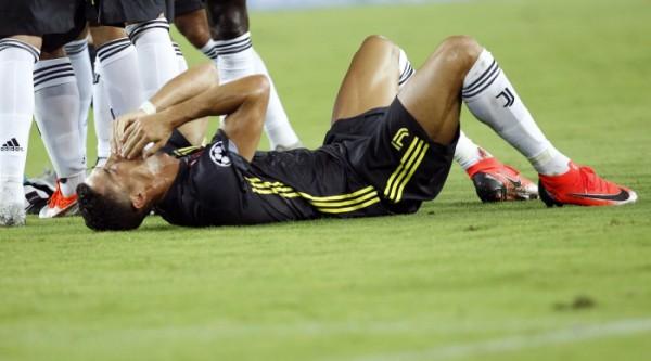 유벤투스, 발렌시아에 2-0 승리…호날두 퇴장에 빛 바랬다
