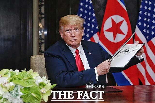 """트럼프 """"이틀 전 김정은에게서 '멋진 편지' 받아"""""""