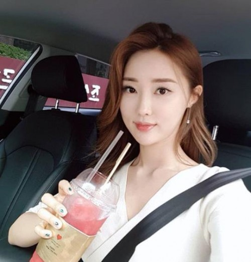 """황미나, '연애의 맛' 본방사수 독려 """"#김종민 #두근두근 #취중고백"""""""