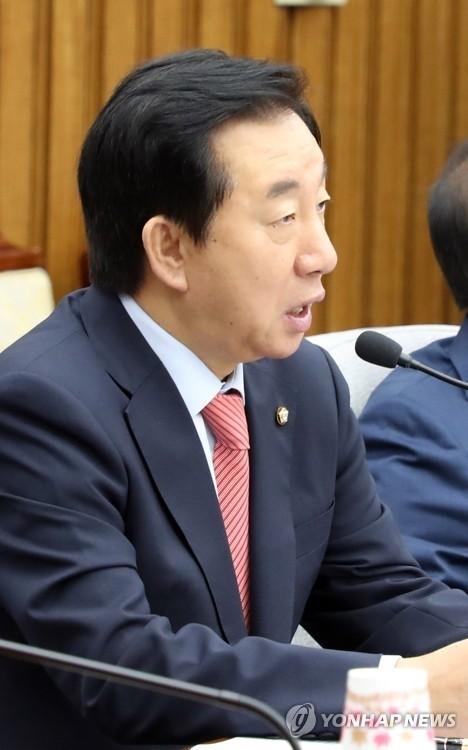 """김성태, 문대통령 출국에 """"북한 NPT 조약 복귀 촉구"""""""