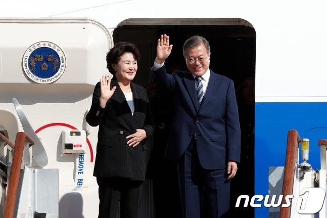한미 정상회담서 '북미대화 재개' 논의… 미 '보상' 주목