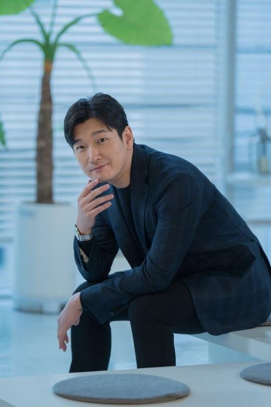 """'명당' 조승우 """"예전만큼 순수하지 않아…멜로물 어렵다"""""""