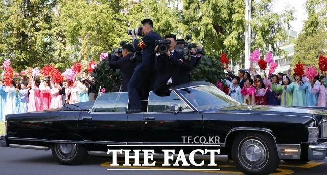 '한순간도 놓치지 않겠다!'…남북정상회담의 숨은 조력자들