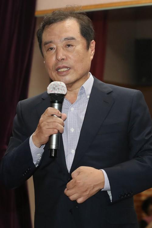 '남북 평화' vs '경제 실정' 추석 민심 어디로 기울까