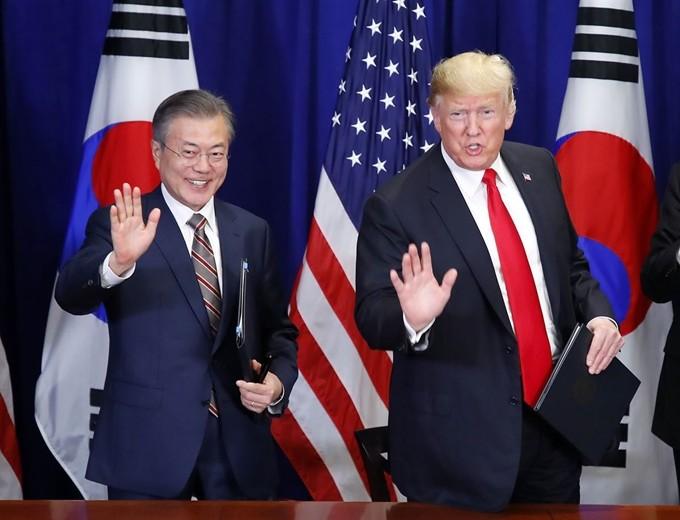 문재인대통령, 한ㆍ미정상회담서 한미 자유무역협정(FTA) 공동성명에 서명