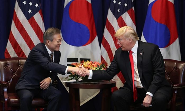 """트럼프 """"2차 북미회담 곧 할 것…김정은 비핵화 뜨거운 의지 확인"""""""