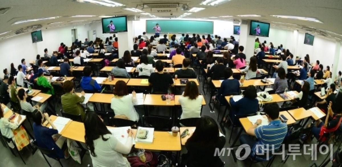 한국사능력검정시험 25일 접수시작…추석연휴에도 취준생, 유학생 등 관심 급증