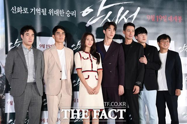 추석 사극 흥행불패! '안시성' 영화순위 1위·'명당' 2위