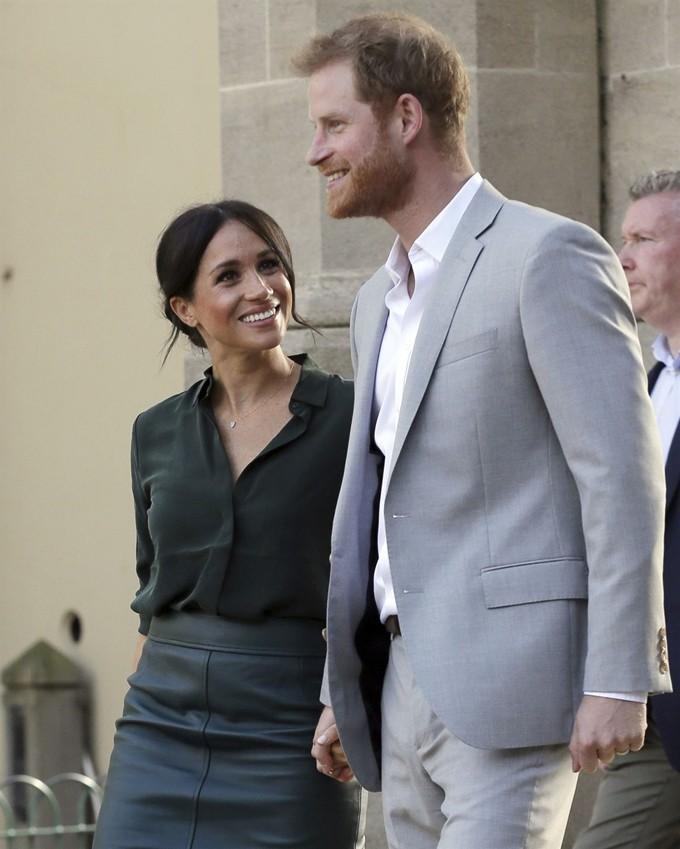 해리왕자 부부 첫 아이 가져…영국 왕위계승 서열 7위 예정