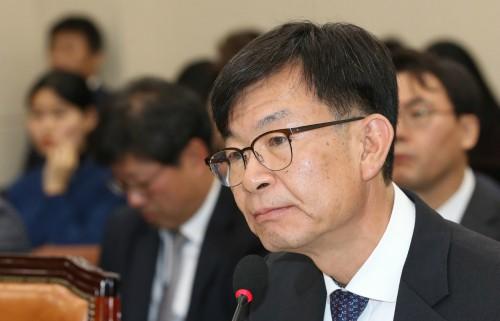 """김상조 """"공정위, 퇴직자 사건접촉하면 보고 의무화 추진"""""""